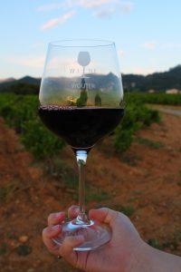 Gepersonaliseerd cadeau met wijnglazen